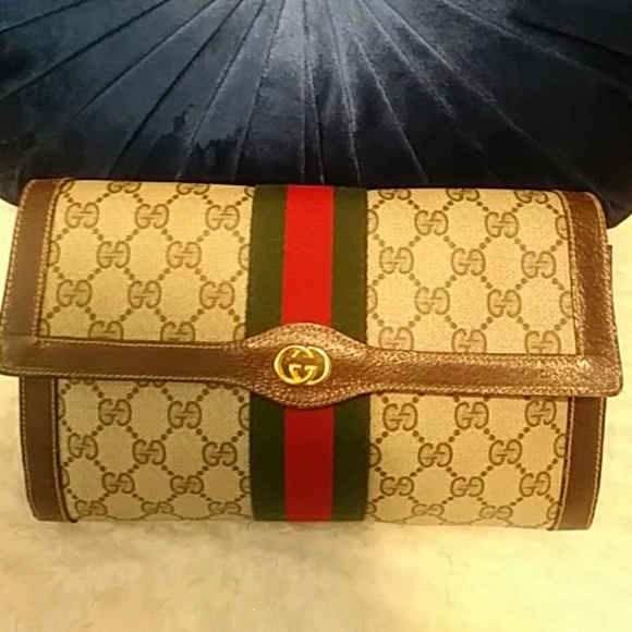 46eabbc829c1 Gucci Bags   Authentic Travel Cosmetics Clutch Bag   Poshmark